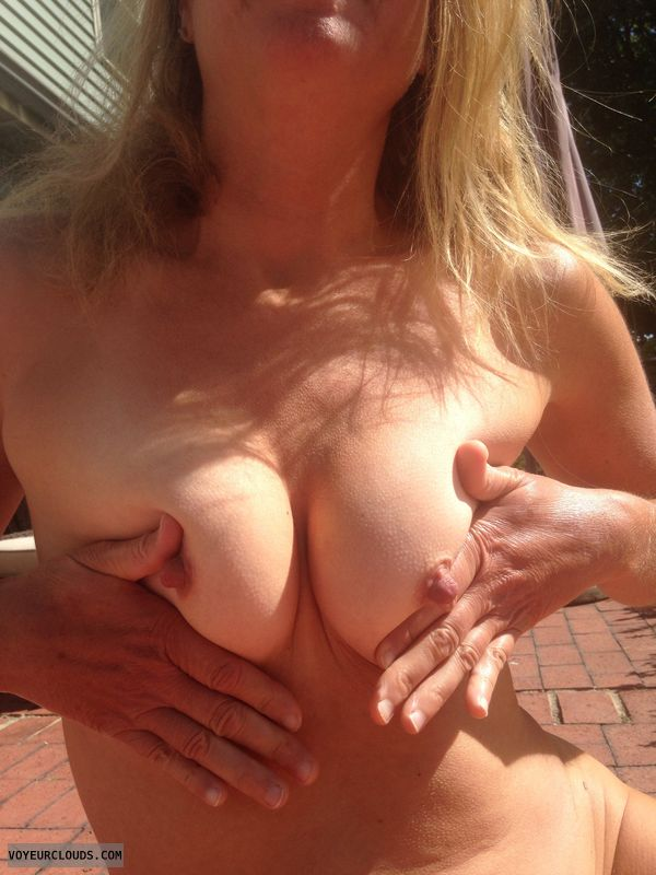 Tit flash, tits, milf tits, nipples