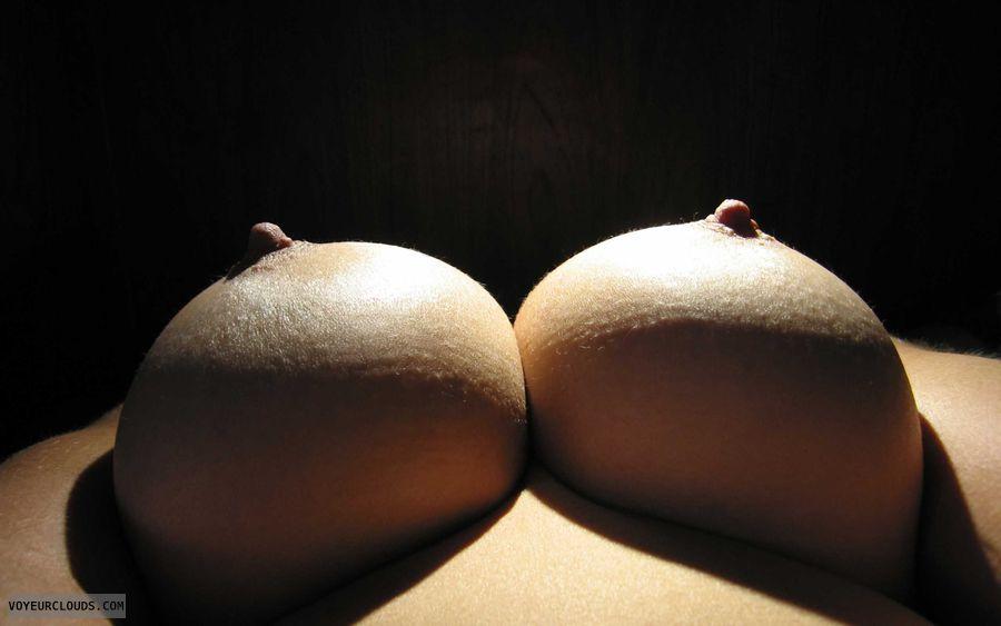 Big Tits, Cleavage, Boobies, Cold Nipples