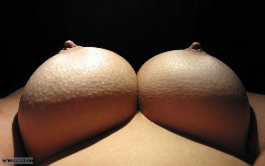 Big Tits, Boobies, Cleavage, Big Nipples, Cold Nipples
