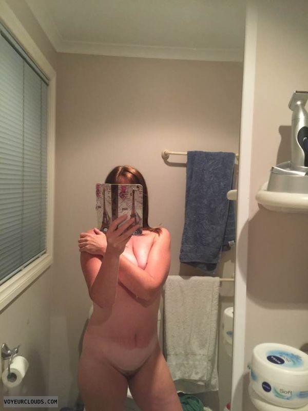 hairy pussy, pussy peek, tits peek, nude woman, selfie
