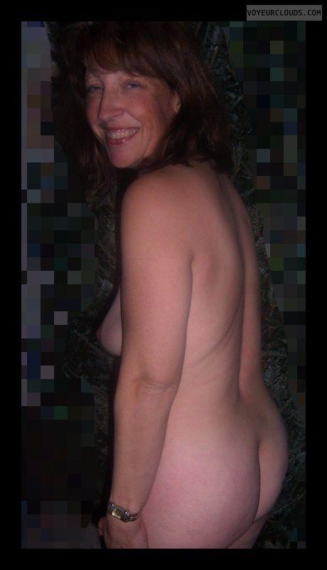 Big Ass, Mature, Slut, Round Ass, Side boob, Sexy smile