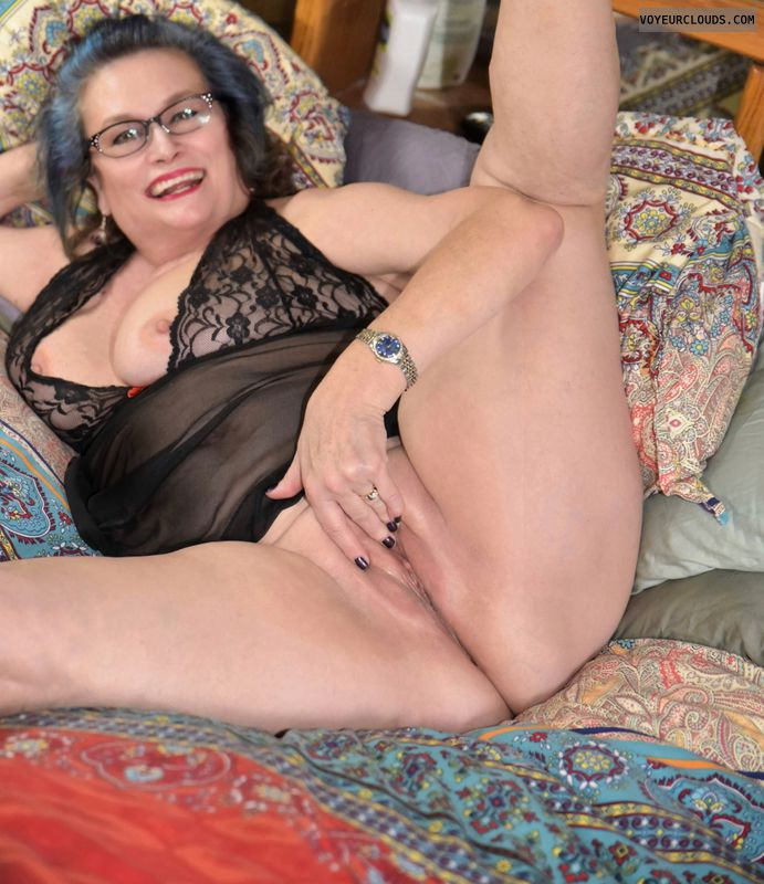 Shaved pussy, big tits, lingerie, glasses, sexy smile