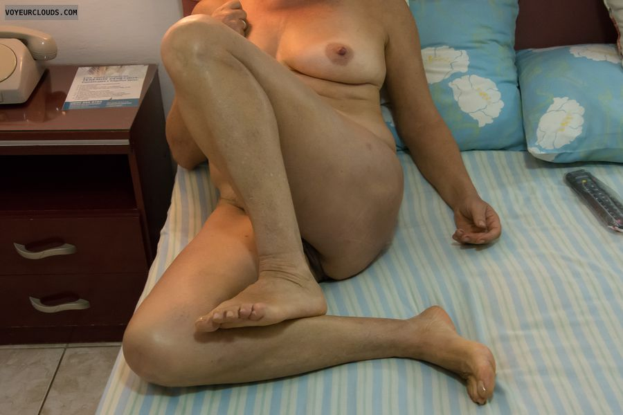 tits, legs, feet, ass, nude wife