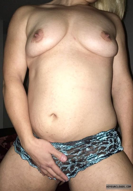 Touch pussy, touchme, Clit, mom, milf, sexy, wife
