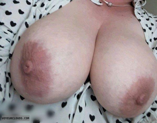 tits out, hard nipples, big areolas, big boobs, big tits