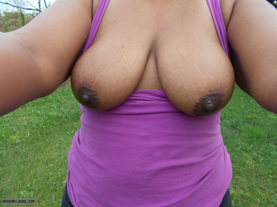 Tits, Breast, cleavage, Hard Nipples, Outside, Big tits