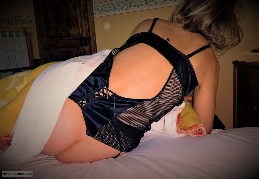 anna, wife, lingerie, ass