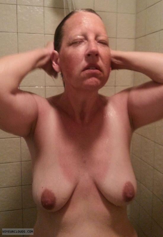 Mature, Saggy tits, Dark nipples, Shower