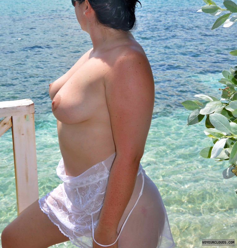 hot tits, 36D, nudist, shaved, big tits, beach, tanned
