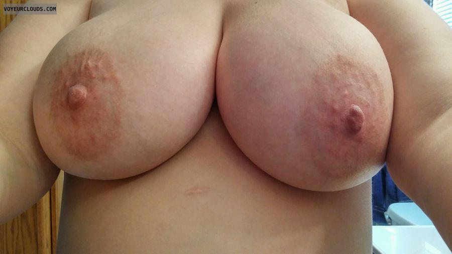 Tits out, selfie, milf, big tits