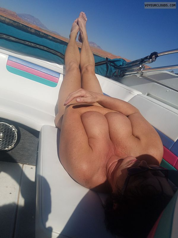 Naked boating, Best tits, Long legs