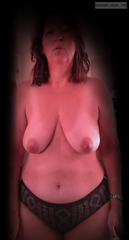 Saggy tits, Hard nipples, Topless