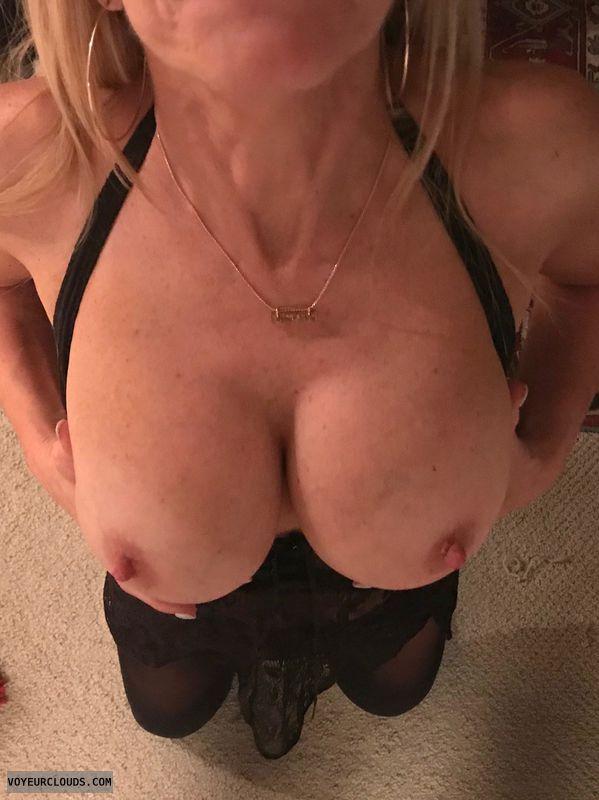 wife\'s tits, milf tits
