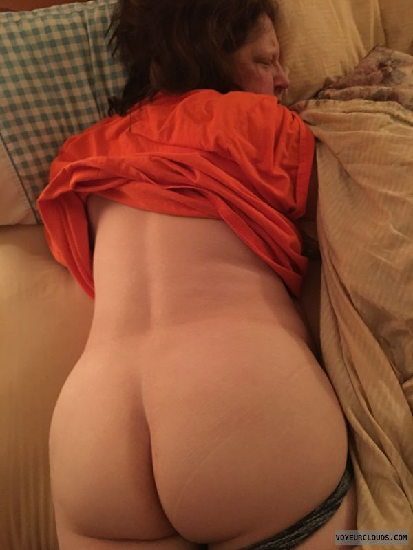 Big Ass, Round Ass, Large Cheeks, Sleeping