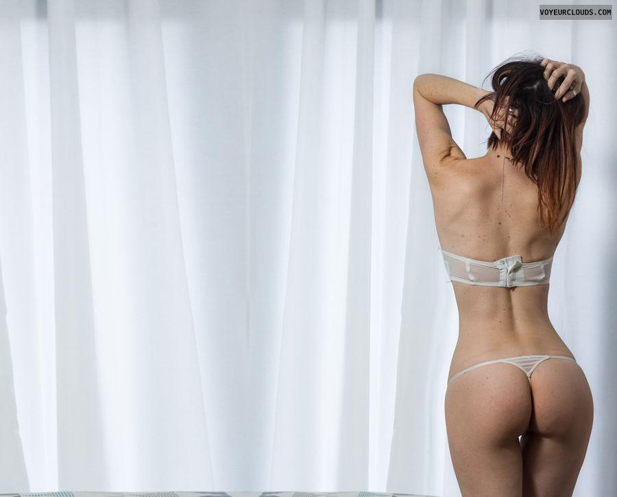 round ass, round butt, thong, sexy lingerie