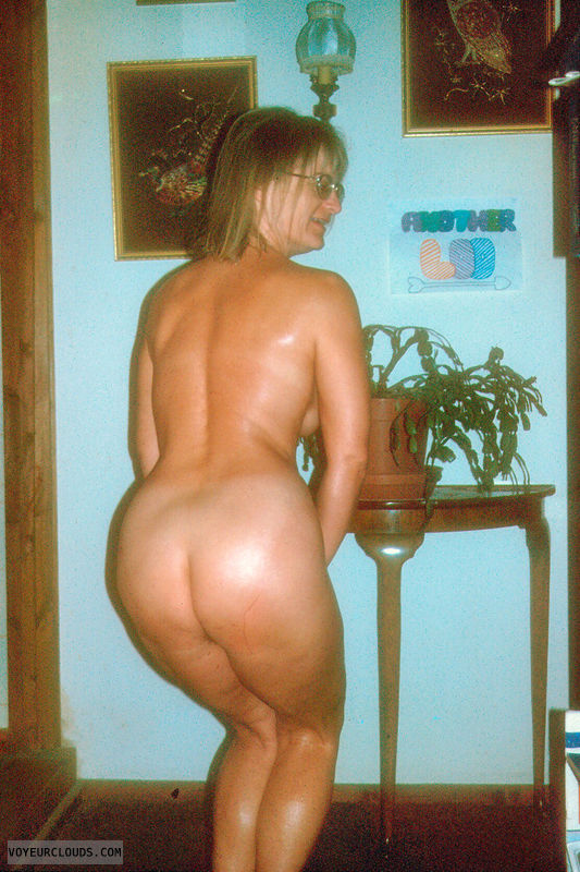ass, bum, naked, yvonne, nude