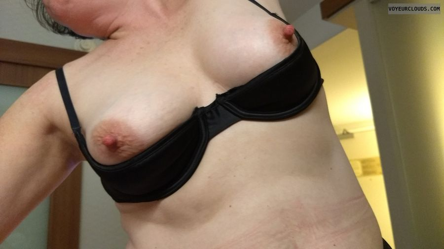 Tits, breasts, Shelf bra, open cup bra