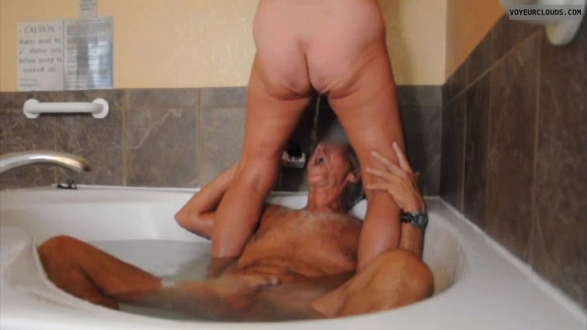 golden shower, pissing, pee fun, pee, pee in the mouth