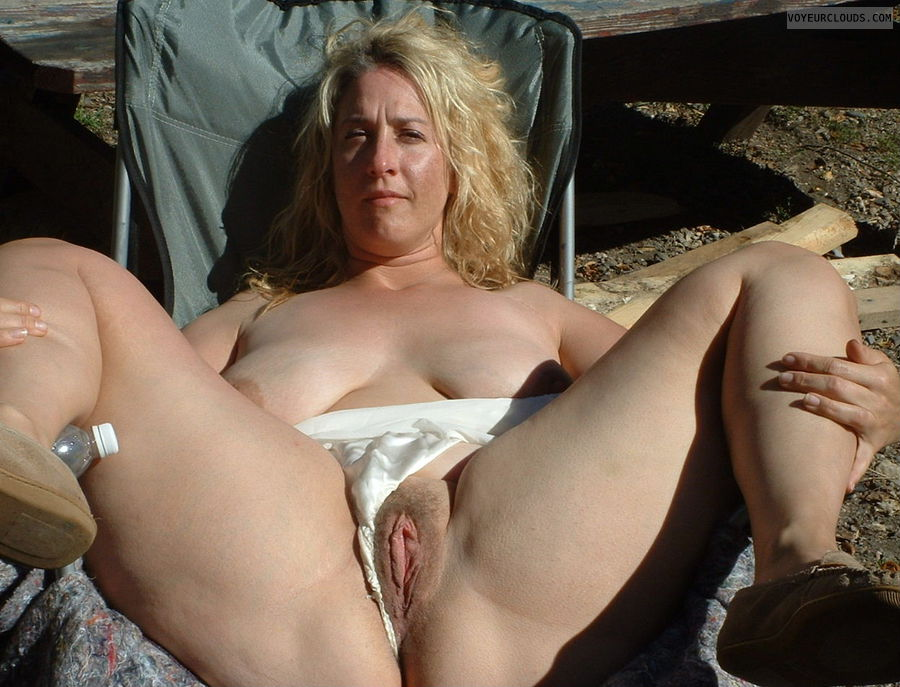 outdoors, camping, spread in public, pussy, spread