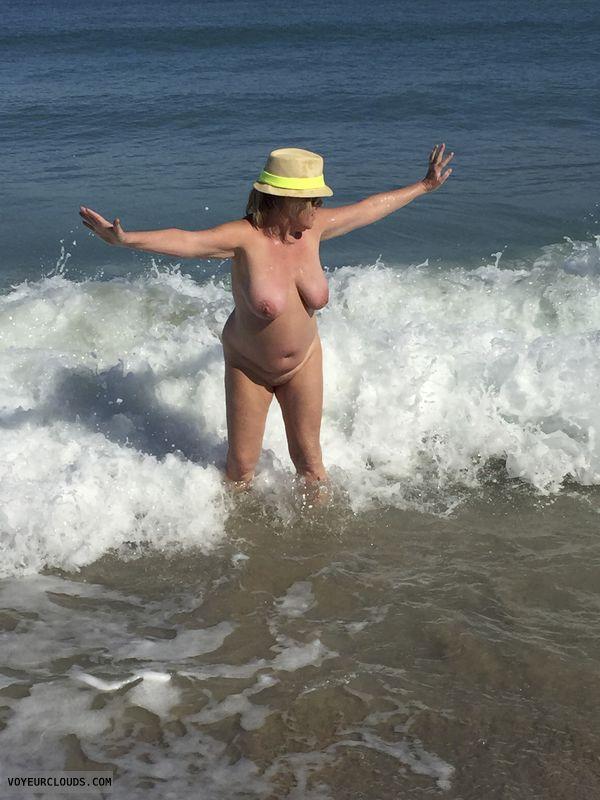 tits, nipples, nude, beach, pussy, legs