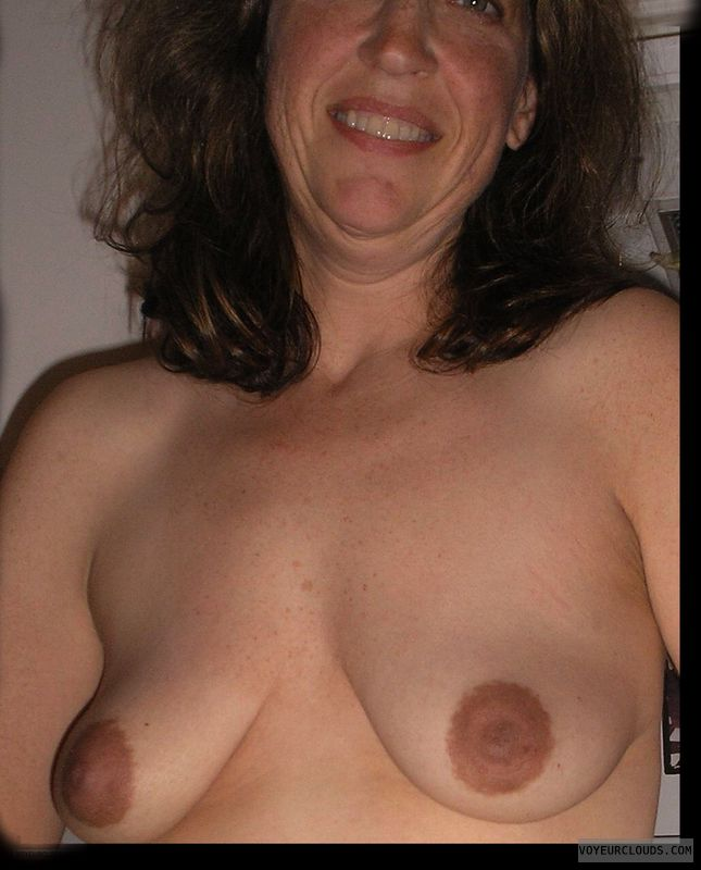 Dark nipples, Tart, Small boobs, Sexy smile, Titflash