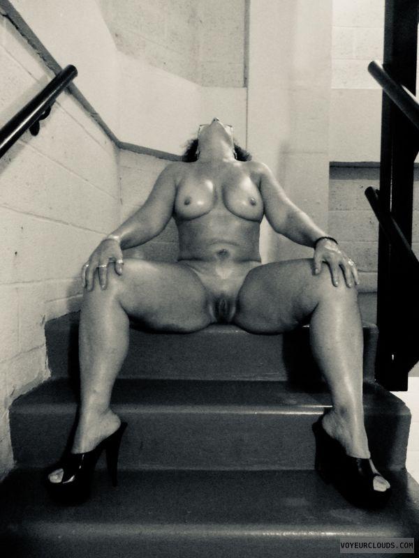 #nudewife, #tits, #oiledbody, #spreadlegs, #nudemilf