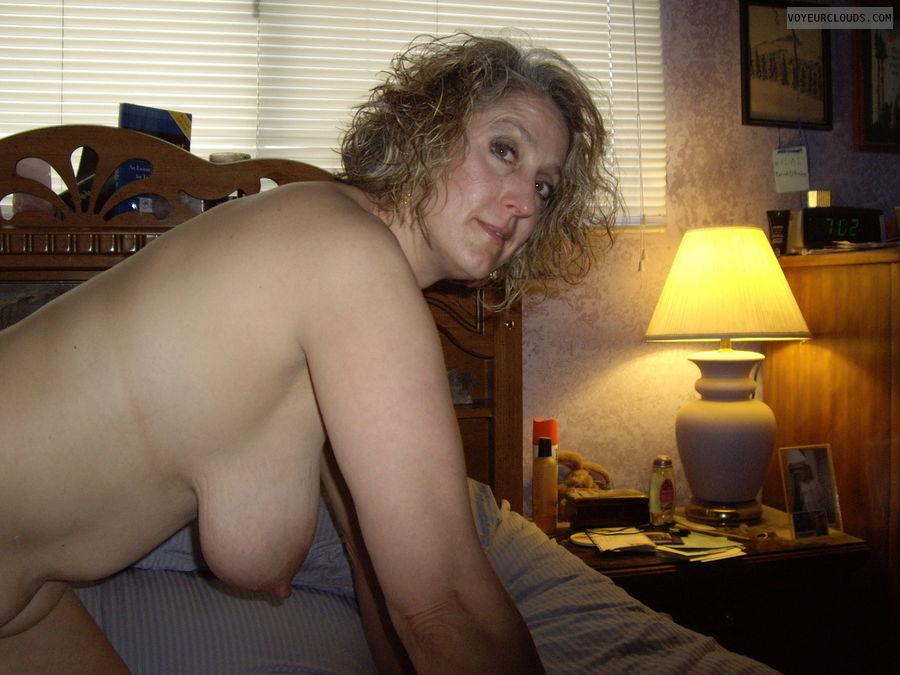 hanging tits, tits, big tits, hangers, wife, milf