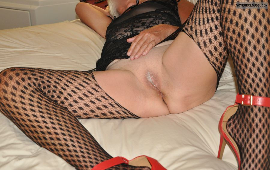 cum, senior, GILF, Mature, legs, lingerie, high heels