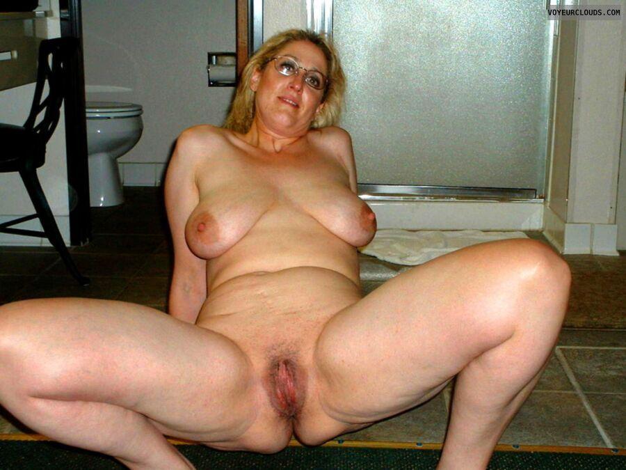 saggy tits, tits, big tits, hangers, hanging tits