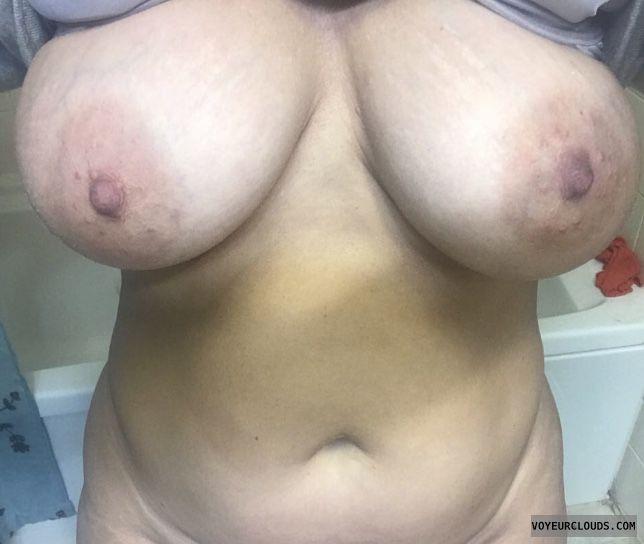 Big tits, Tribute Me