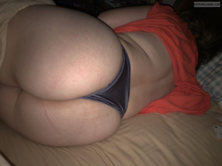Big Cheeks, Older, Large Ass, Okay, Round Ass, Harlot