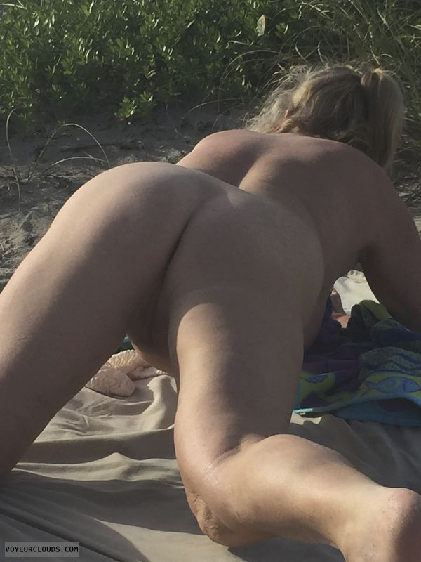 ass, butt, legs, nude, beach