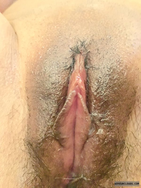 Cum and play with my pussy