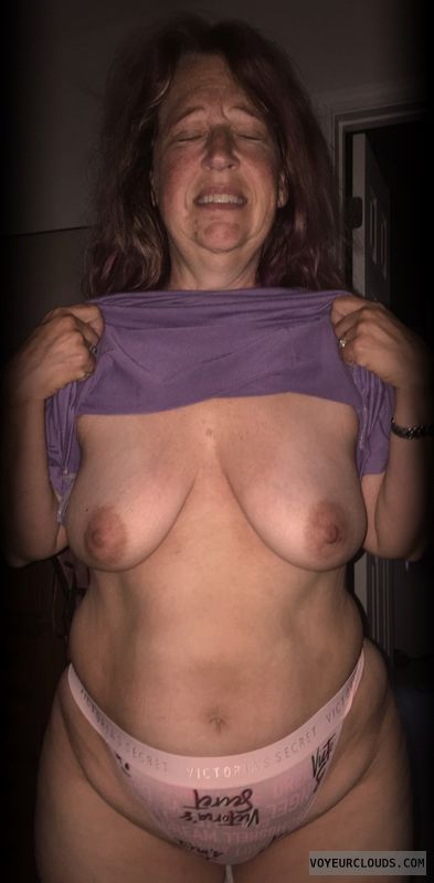 Small boobs, Titflash, Nice smile, Okay, Older, Big Hips