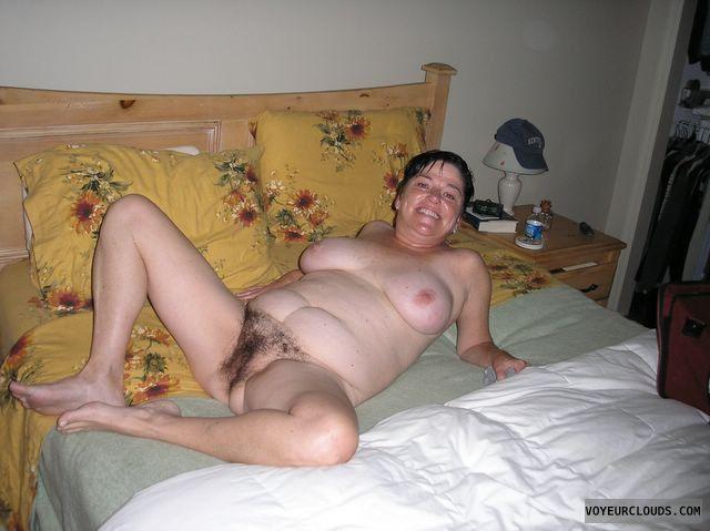 hairy mature cunt