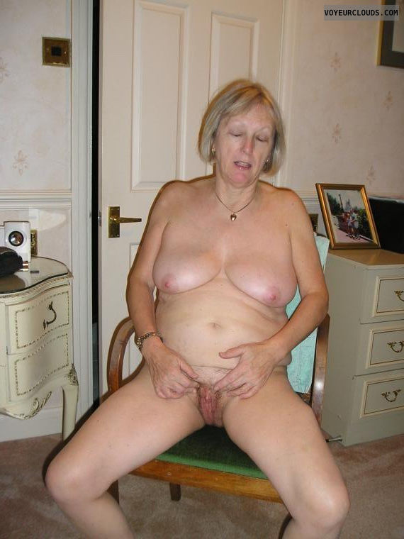 milf pussy, hard nipples, tits, boobs, mature woman
