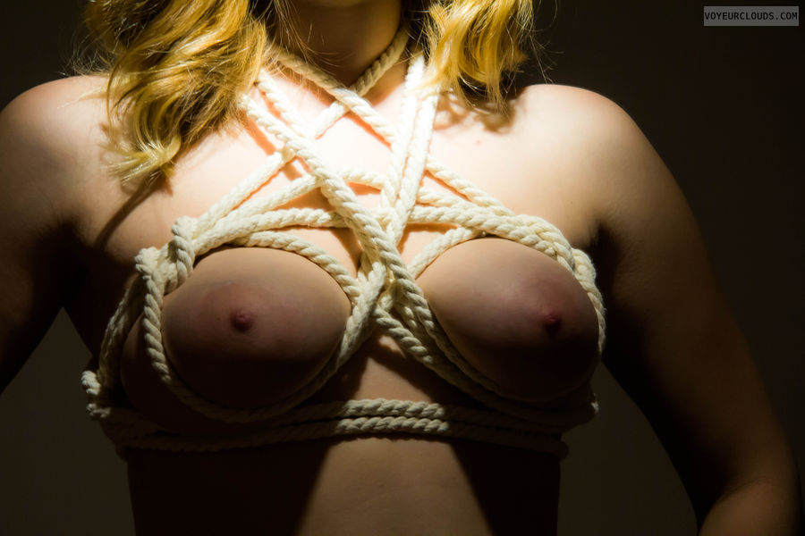 tits, big tits, shibari, roped, tide up