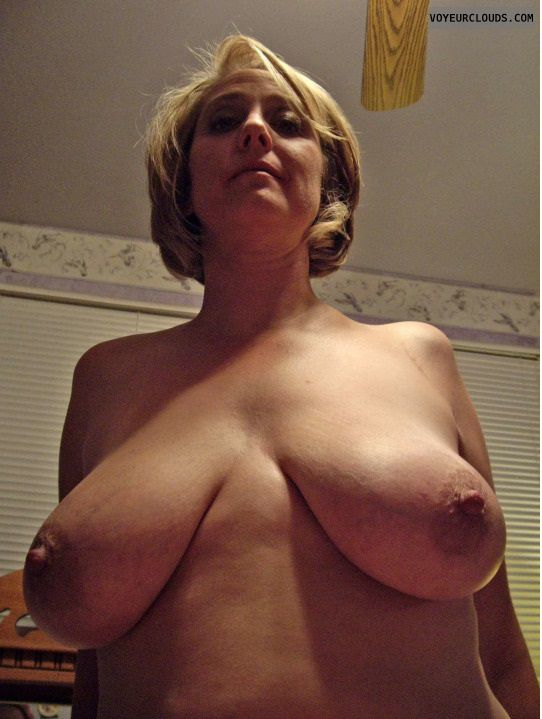 tits, big tits, nipples, big nipples, erect nipples