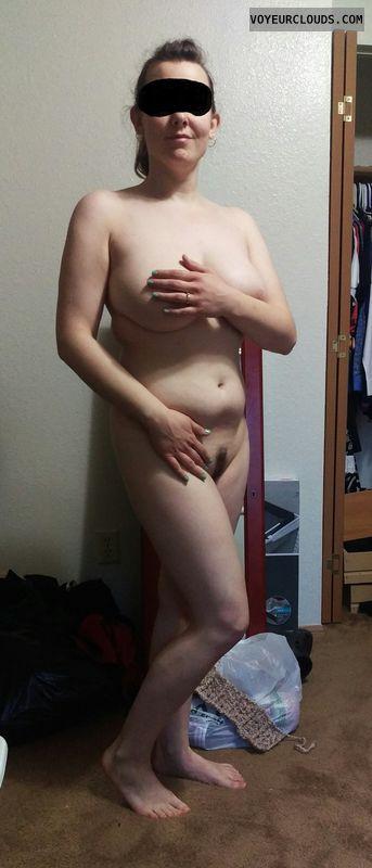 Milf, pussy, hand bra
