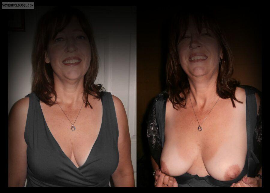 Titflash, Nice smile, Little boobs