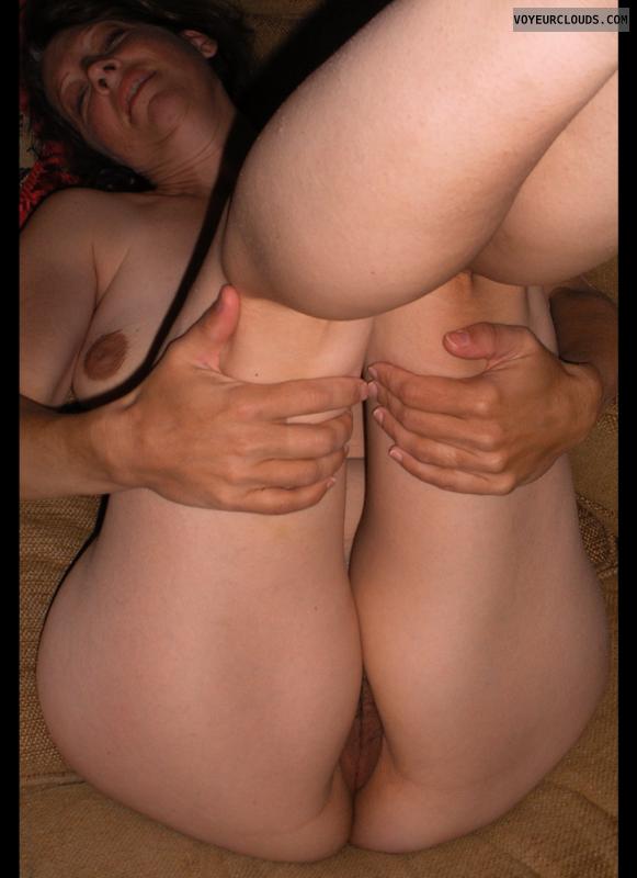 Pussy peek, Little boobs