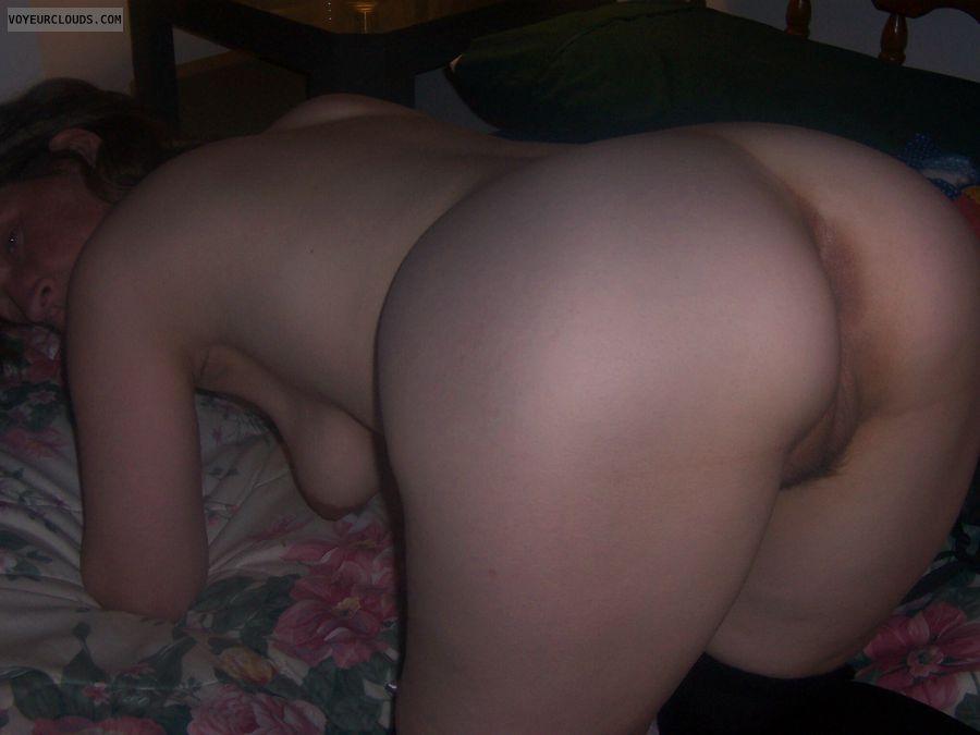 Large Ass, Big Cheeks, Pussy peek, Hairy pussy, Wfi