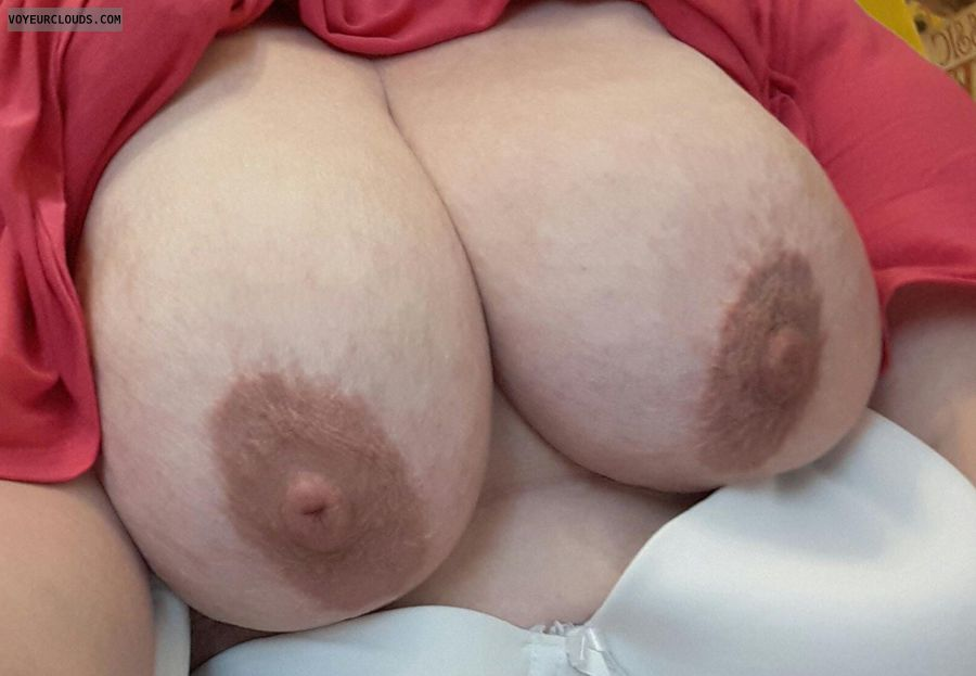 Big Tits, Big Boobs, Big Nipples, Mature, Milf, Housewife