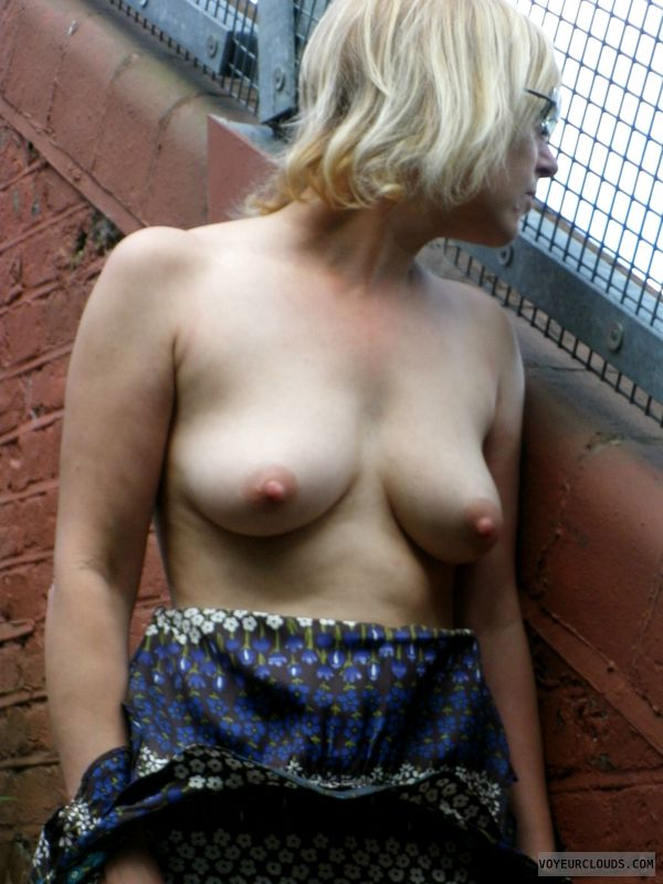 Mature, Woman, Outdoors, Public, Tits out, Hard nipples
