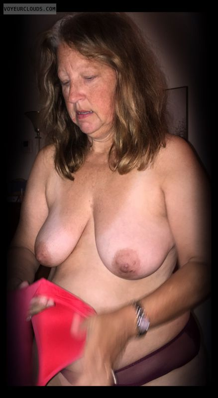 Saggy tits, Little boobs, Older, OK Tits, Dark nips
