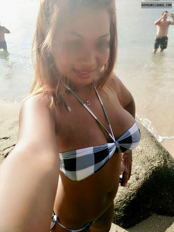 Largebreasts, selfie, bikini, tanned, outdoor, beach