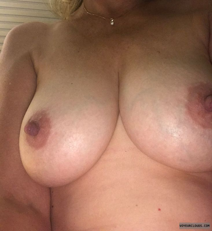 Big tits,  big nips,  blonde