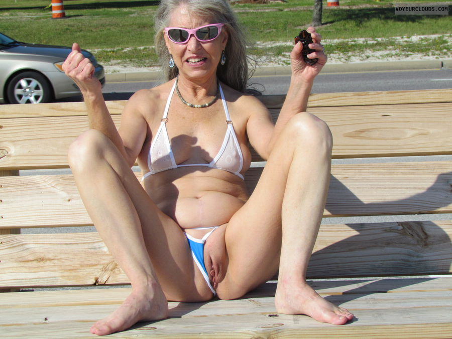 public flash, pussy, mature wife