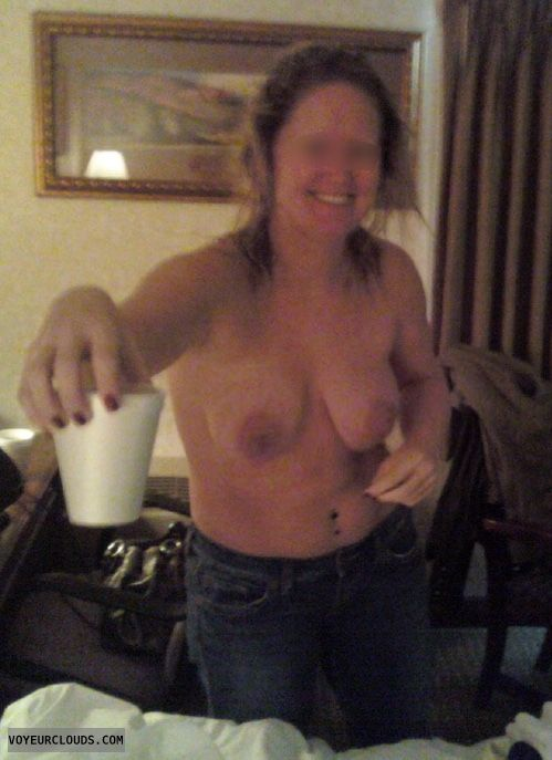 Saggy tits, hard nipples, topless in jeans, teasing
