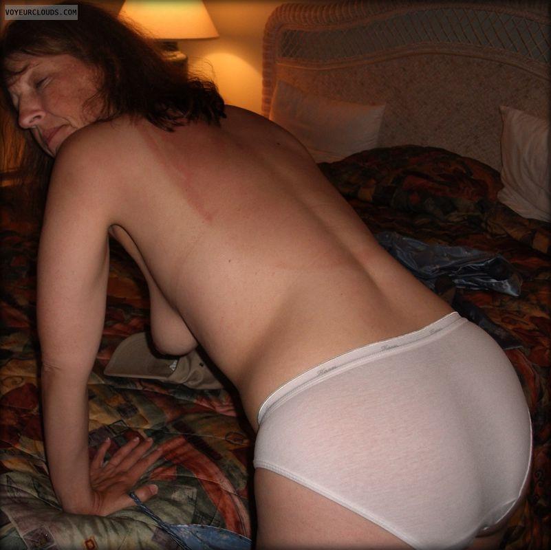 Side boob, Hanging tits, Big Cheeks, Large Ass, OK Ass